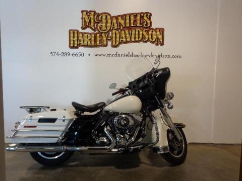 2011 Harley-Davidson FLHTP ELECTRA GLIDE in South Bend, Indiana
