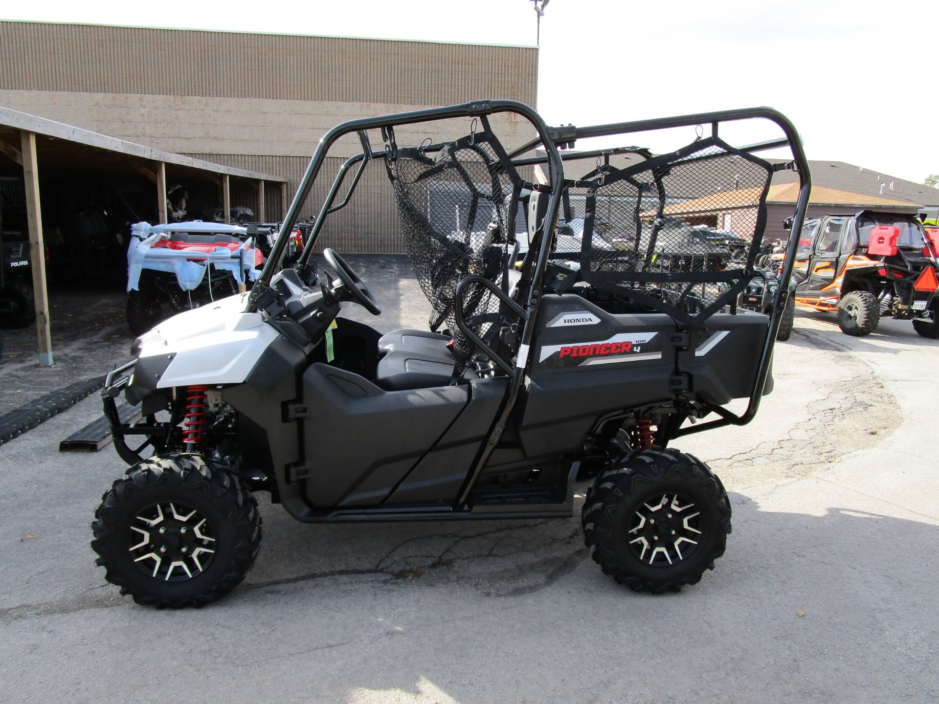 new 2017 honda pioneer 700 4 deluxe utility vehicles in brookfield wi. Black Bedroom Furniture Sets. Home Design Ideas