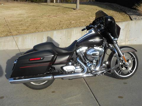 2015 Harley-Davidson Street Glide® Special in Junction City, Kansas
