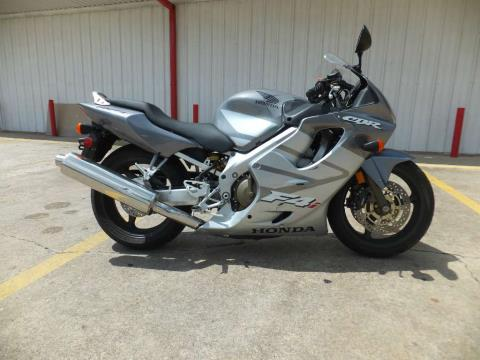 2005 Honda CBR®600F4i in Humble, Texas