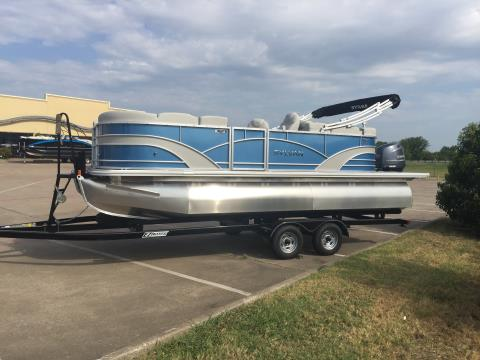 2017 Sylvan MIRAGE 8520 LZ in Fort Worth, Texas