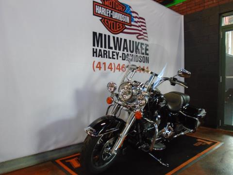2015 Harley-Davidson Road King® in Milwaukee, Wisconsin