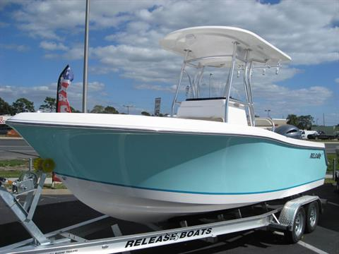 2017 Release Boats 208 CC in Holiday, Florida