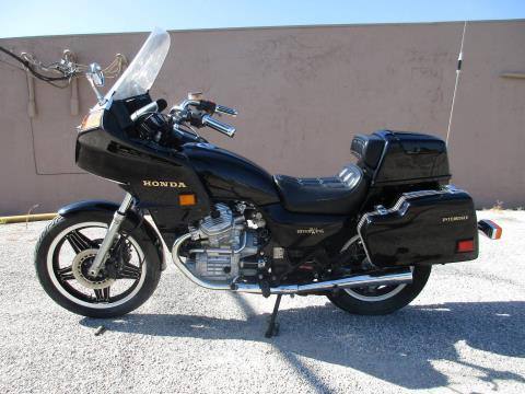 1982 Honda GL500I Silverwing in Gainesville, Texas