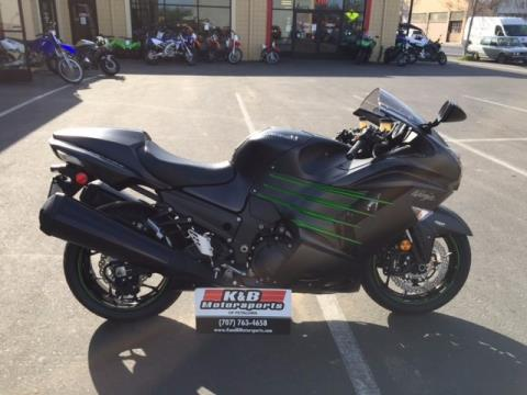 2015 Kawasaki Ninja® ZX™-14R ABS in Petaluma, California