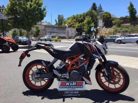 2015 KTM 390 Duke ABS in Petaluma, California