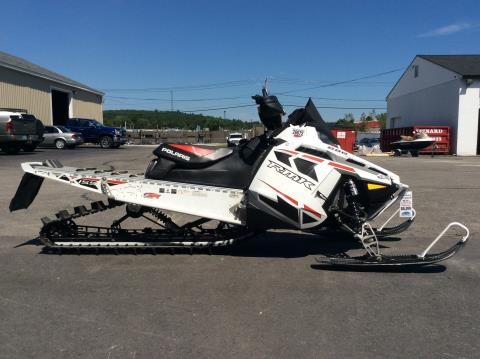 2015 Polaris 800 RMK® 155 LE Gloss White Lightning with Red Graphics in Hooksett, New Hampshire