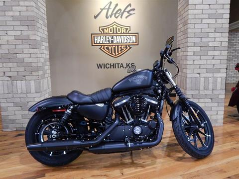 2017 Harley-Davidson Iron 883™ in Wichita, Kansas