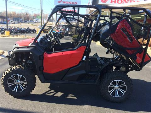 2016 Honda Pioneer™ 1000-5 Deluxe in Knoxville, Tennessee