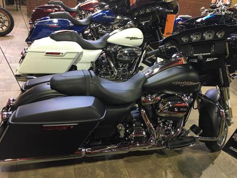 2017 Harley-Davidson Street Glide® Special in Buford, Georgia