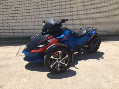 2015 Can-Am Spyder® RS-S SE5 in Richardson, Texas