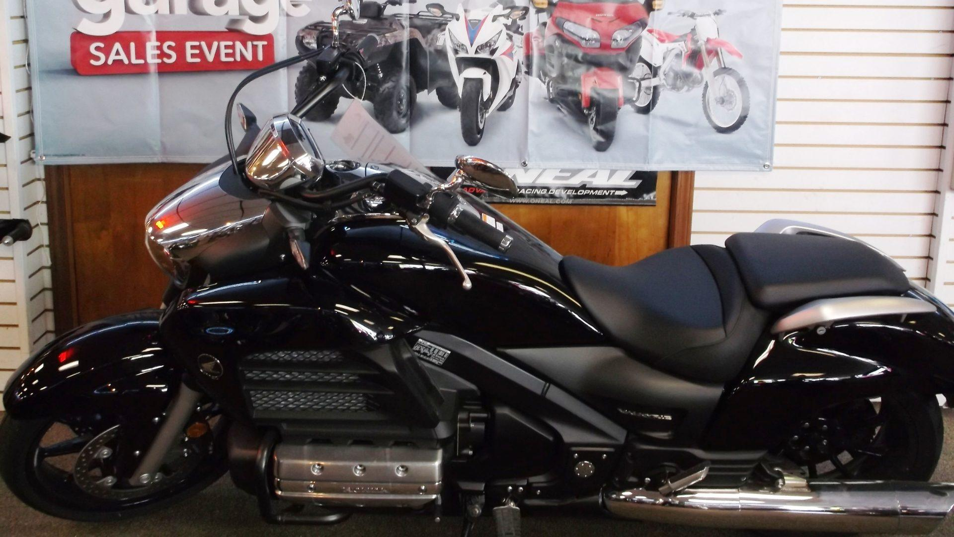 2014 Honda Gold Wing® Valkyrie® in Muskogee, Oklahoma