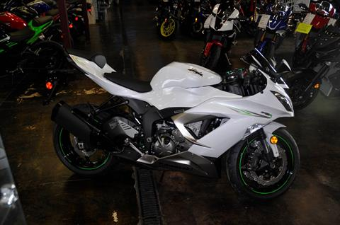 2017 Kawasaki NINJA® ZX™-6R in Roseville, California