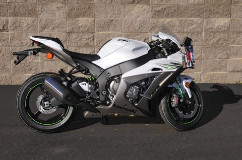 2017 Kawasaki NINJA® ZX™-10R in Roseville, California