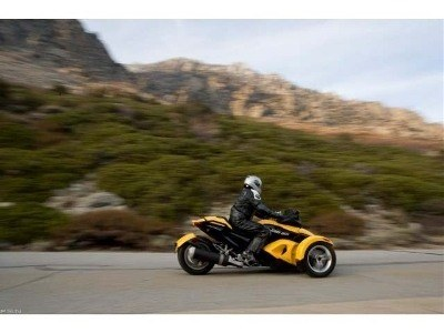 2009 Can-Am Spyder™ GS Roadster with SE5 Transmission (semi auto) in Denver, Colorado