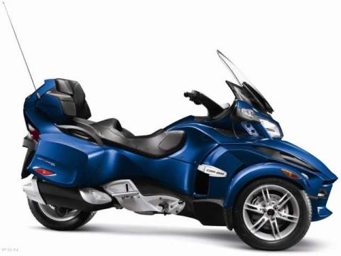 2012 Can-Am Spyder® RT Audio & Convenience SE5 in Cohoes, New York