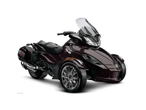 2013 Can-Am Spyder® ST Limited in Cohoes, New York