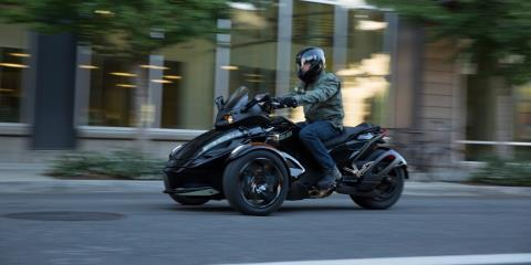 2016 Can-Am Spyder® RS-S SM5 in Pompano Beach, Florida