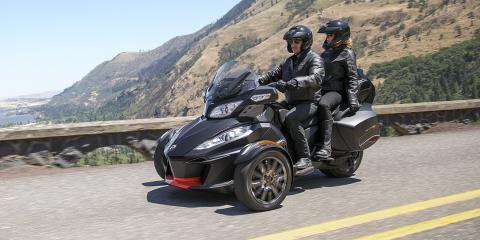 2016 Can-Am Spyder® RT Limited in Fond Du Lac, Wisconsin