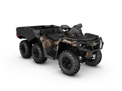 2017 Can-Am Outlander™ 6x6 XT™ in Naples, Florida