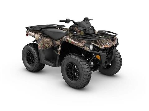 2017 Can-Am Outlander™ DPS™ 570 in Pompano Beach, Florida