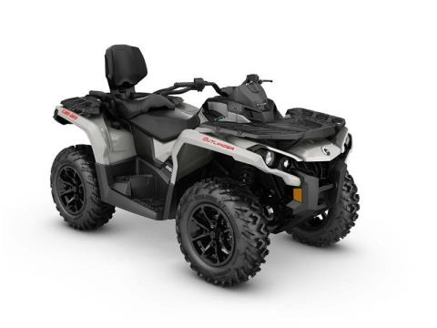 2017 Can-Am Outlander MAX DPS 650 in Grantville, Pennsylvania
