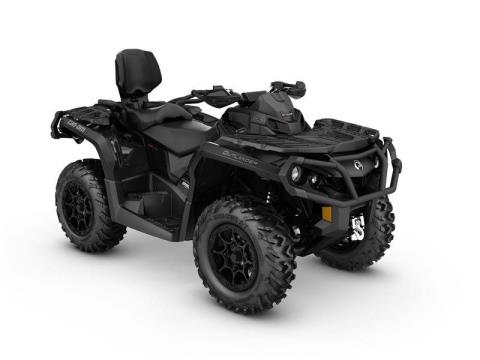 2017 Can-Am Outlander™ MAX XT-P™ 850 in Land O Lakes, Wisconsin