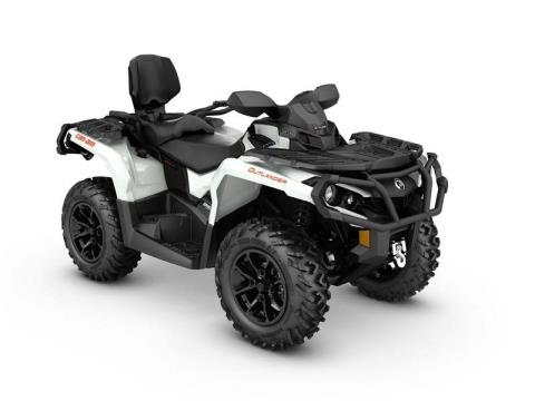 2017 Can-Am Outlander™ MAX XT™ 850 in Lafayette, Louisiana