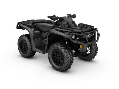 2017 Can-Am Outlander™ XT-P™ 850 in Johnson Creek, Wisconsin