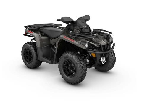 2017 Can-Am Outlander™ XT™ 570 in Johnson Creek, Wisconsin