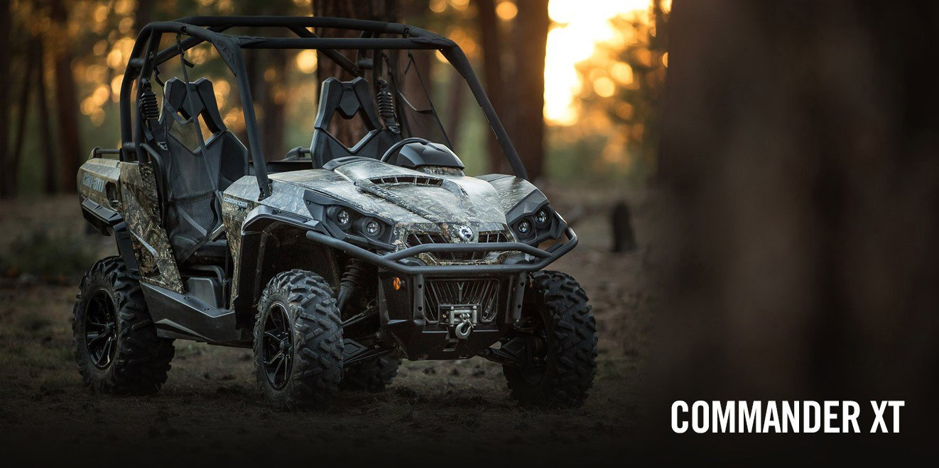2017 Can-Am Commander™ XT™ 1000 in Brighton, Michigan