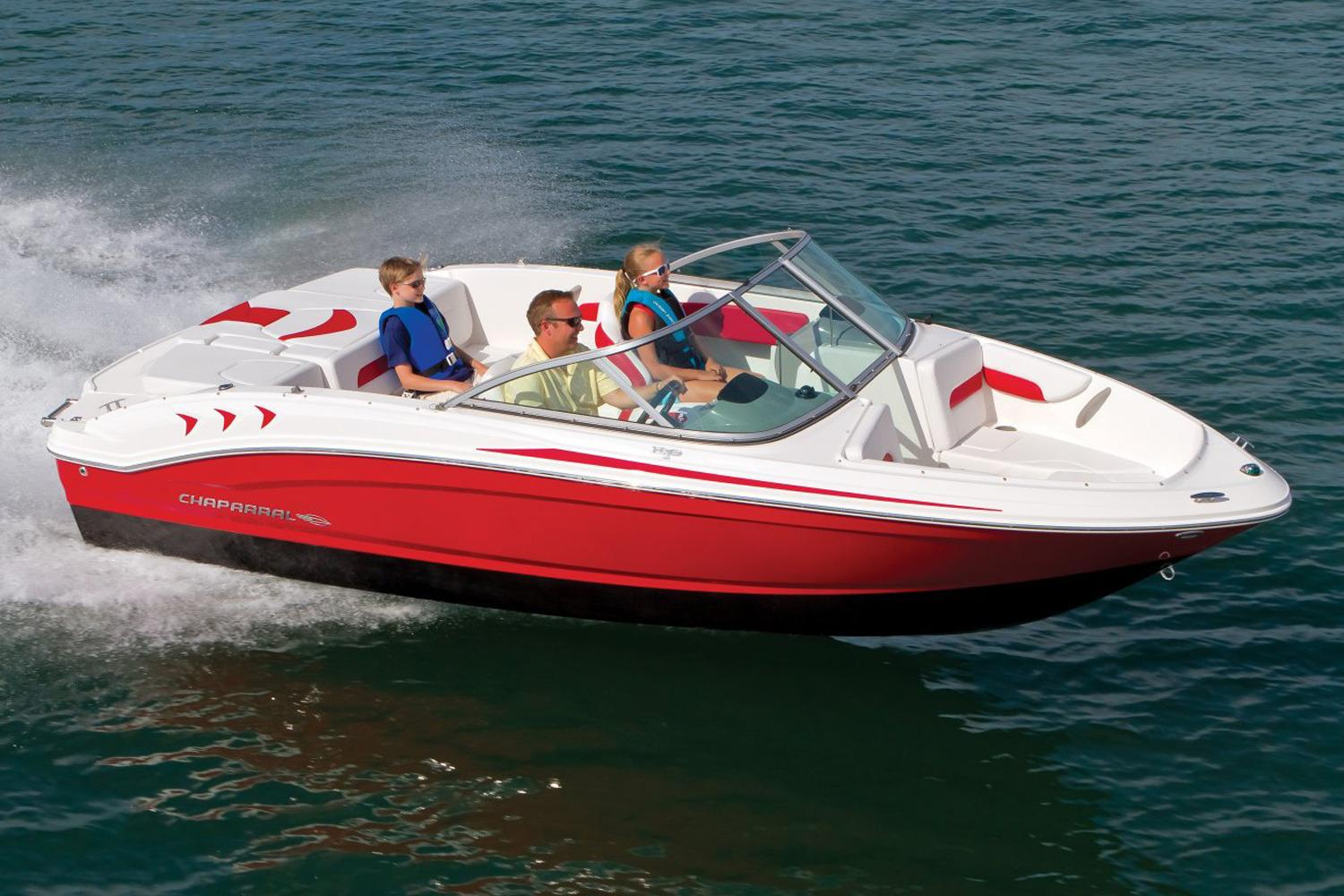 2017 Chaparral 18 H2O Sport in Round Lake, Illinois