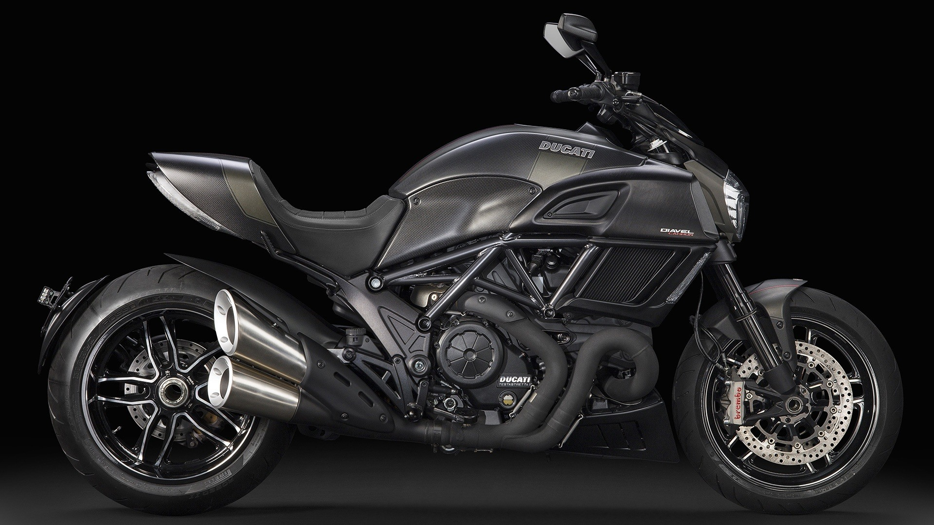 2016 Ducati Diavel Carbon in Greenwood Village, Colorado