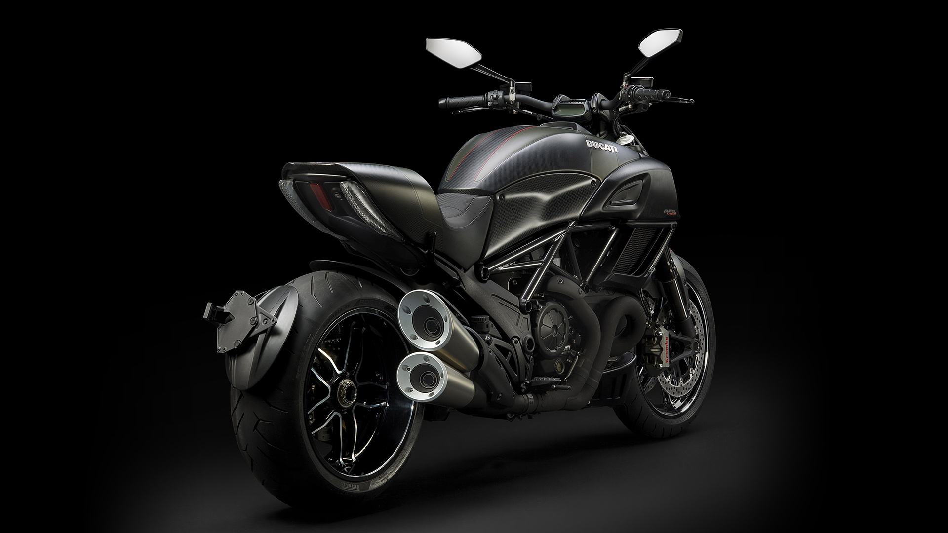 2017 Ducati Diavel Carbon in Thousand Oaks, California