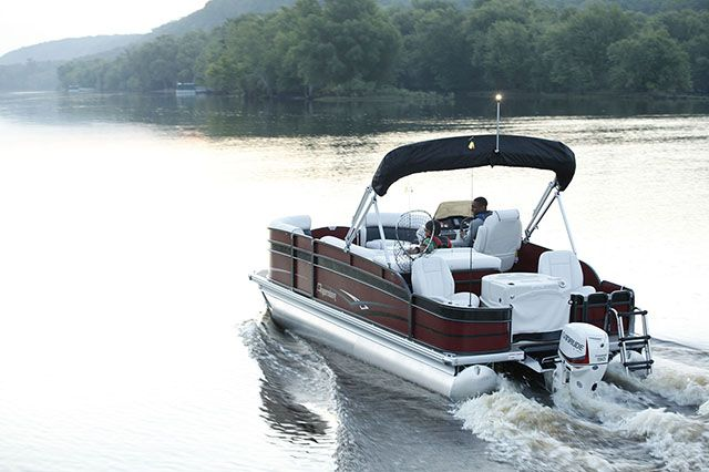 Pontoon Boat Engine Pictures To Pin On Pinterest Pinsdaddy