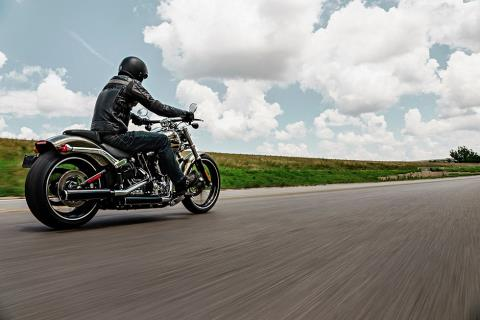 2016 Harley-Davidson Breakout® in Milwaukee, Wisconsin