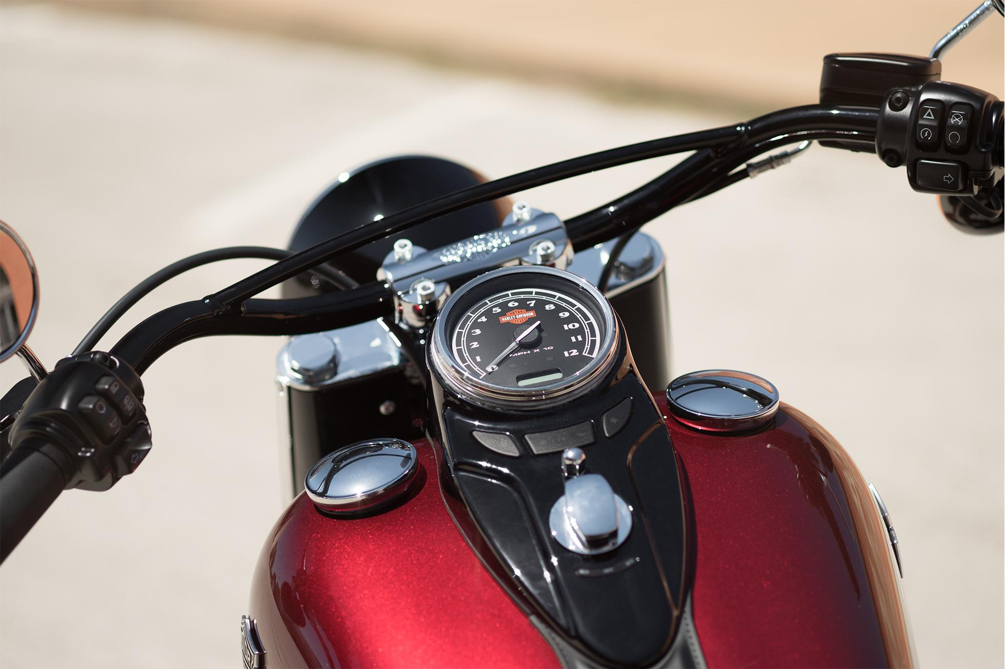 2016 Harley-Davidson Softail Slim® in Davenport, Iowa