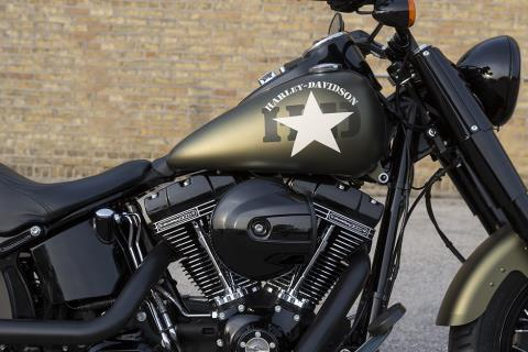2016 Harley-Davidson Softail Slim® S in Milwaukee, Wisconsin