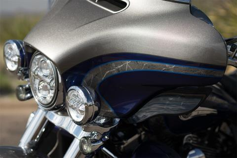 2016 Harley-Davidson CVO™ Limited in South San Francisco, California
