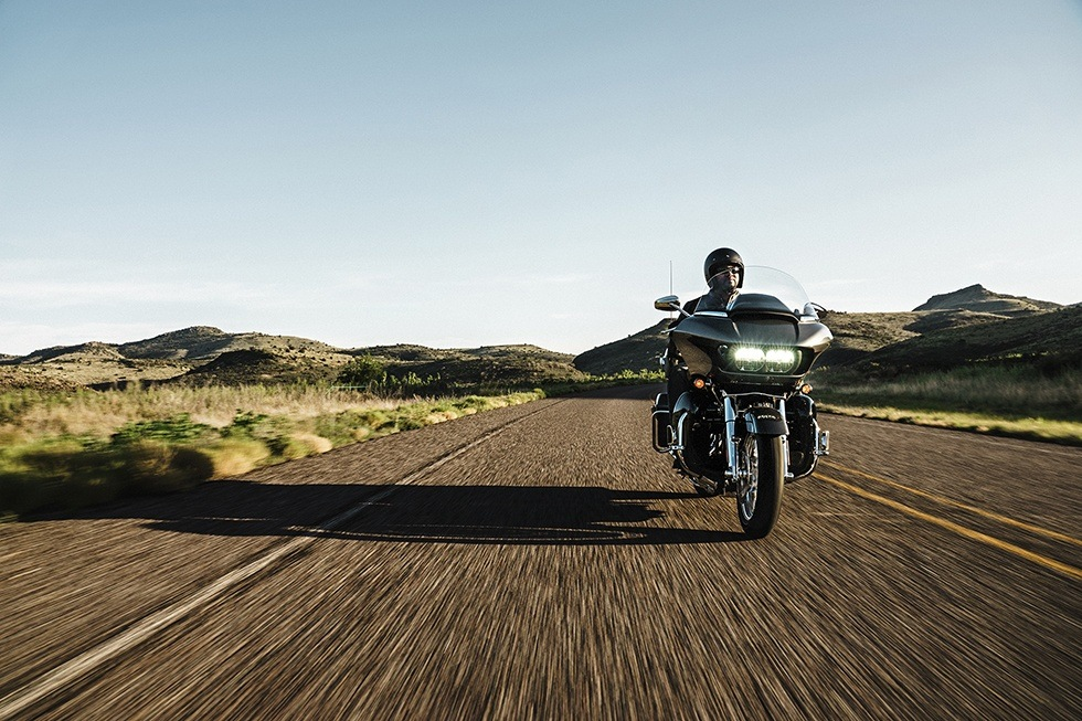 2016 Harley-Davidson CVO™ Road Glide™ Ultra in Knoxville, Tennessee