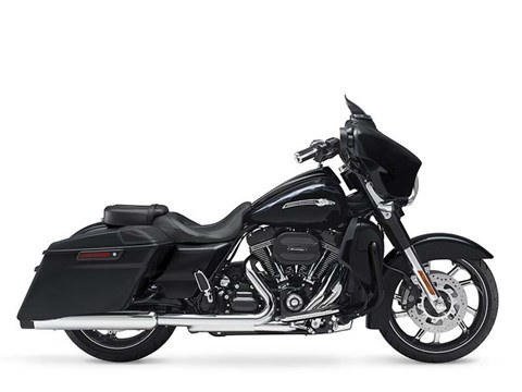 2016 Harley-Davidson CVO™ Street Glide® in Darlington, Maryland