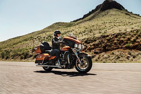 2016 Harley-Davidson Ultra Limited Low in Davenport, Iowa