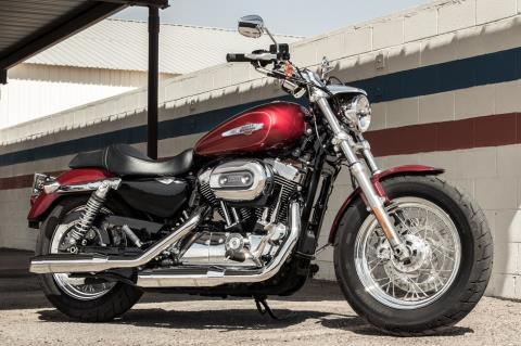 2017 Harley-Davidson 1200 Custom in Milwaukee, Wisconsin