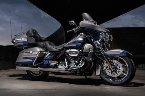 2017 Harley-Davidson CVO™ Limited® in South San Francisco, California