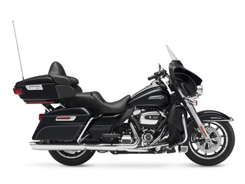 2017 Harley-Davidson Electra Glide® Ultra Classic® in Davenport, Iowa