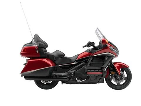 2015 Honda Gold Wing® Airbag in Oak Creek, Wisconsin