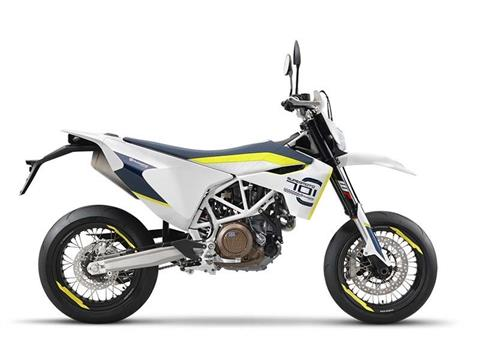 2017 Husqvarna 701 Supermoto in Fontana, California