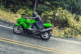 2017 Kawasaki NINJA® ZX™-14R ABS SE in Pendleton, New York