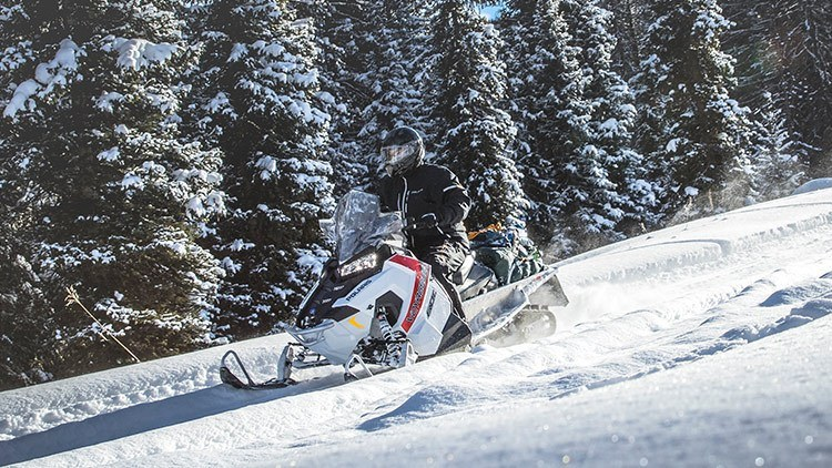 2017 Polaris 600 Voyageur® 144 in Mount Pleasant, Michigan