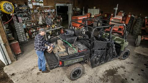 2017 Polaris Ranger Crew® 570-6 in Greenwood Village, Colorado